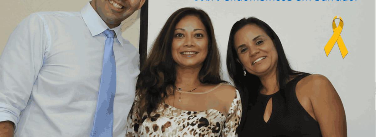 Dr. Agnaldo Viana, Dra. Isa Rocha e Dra. Genevieve Coelho respondem perguntas sobre a endometriose