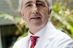 Prof. Pellicer, presidente do IVI