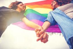 Casais homoafetivos e Dia do Orgulho LGBTQIA+